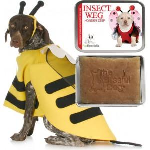 Puur dierenliefde insect weg zeep